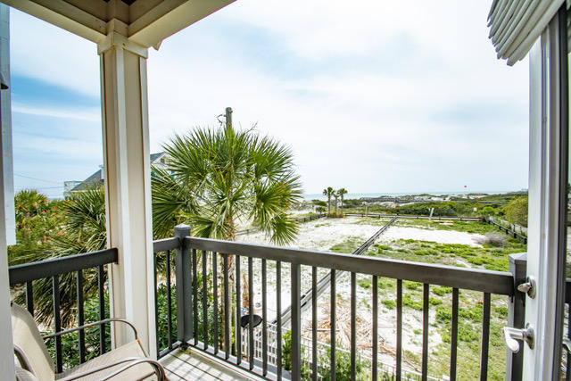 26 BLUE COAST COURT INLET BEACH FL
